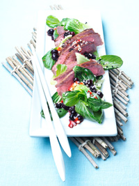 Warm Asian Beef Salad with Wild Blueberries Picture