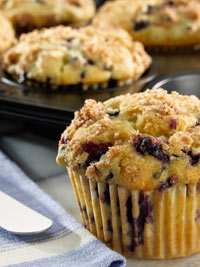 Old-Fashioned Wild Blueberry Muffins Picture