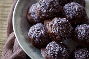 Paleo Wild Blueberry Chocolate Macaroons Picture