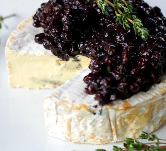 Wild Blueberry Chutney with Creamy Brie