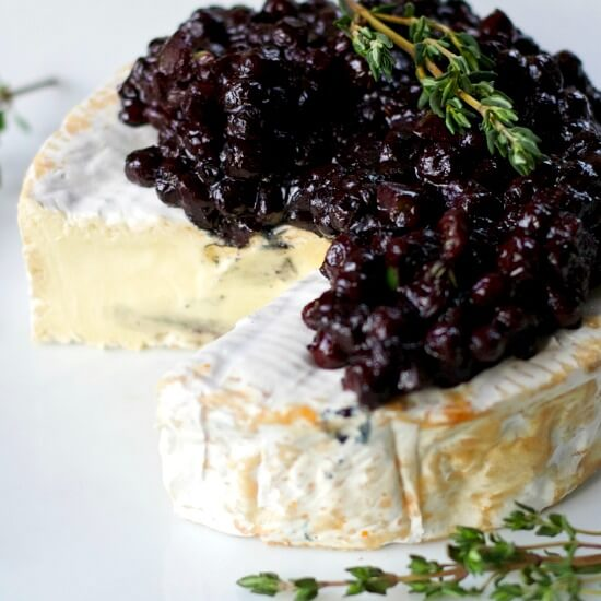 Wild Blueberry Chutney with Creamy Brie Picture