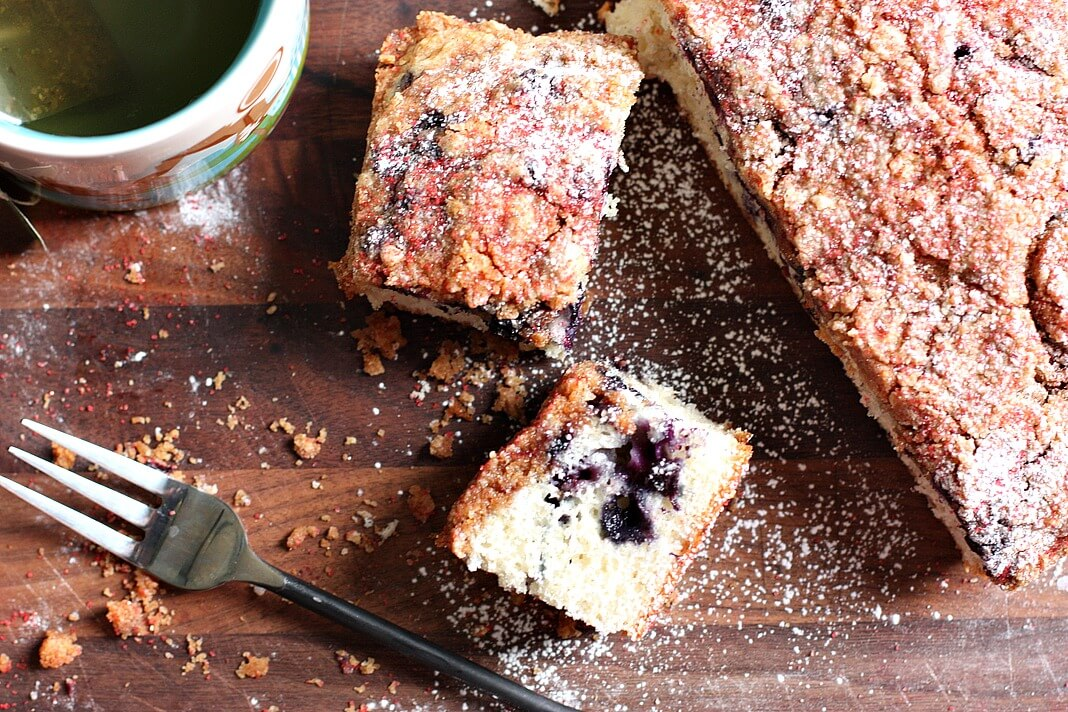 Wild Blueberry Crumb Cake Picture