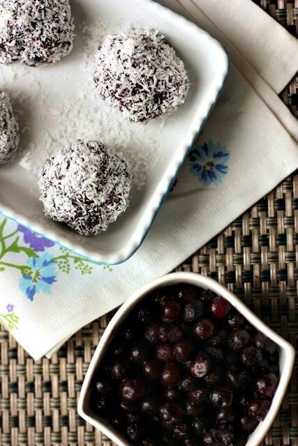 Raw Wild Blueberry Snack Balls Picture